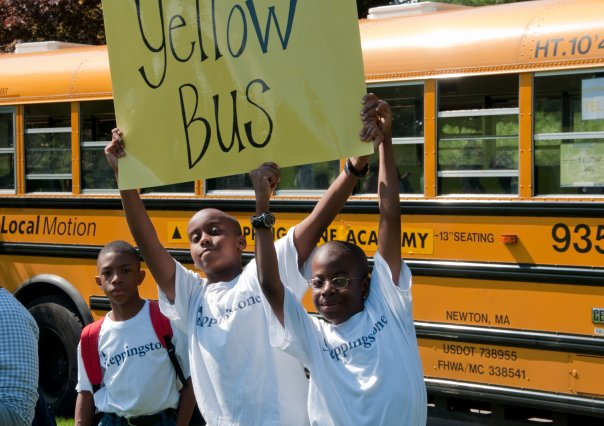 2009 - Scholars become great friends with the other students on their Steppingstone bus