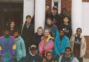 1991 – Founders John Simon and Mike Danziger with the first class of Scholars
